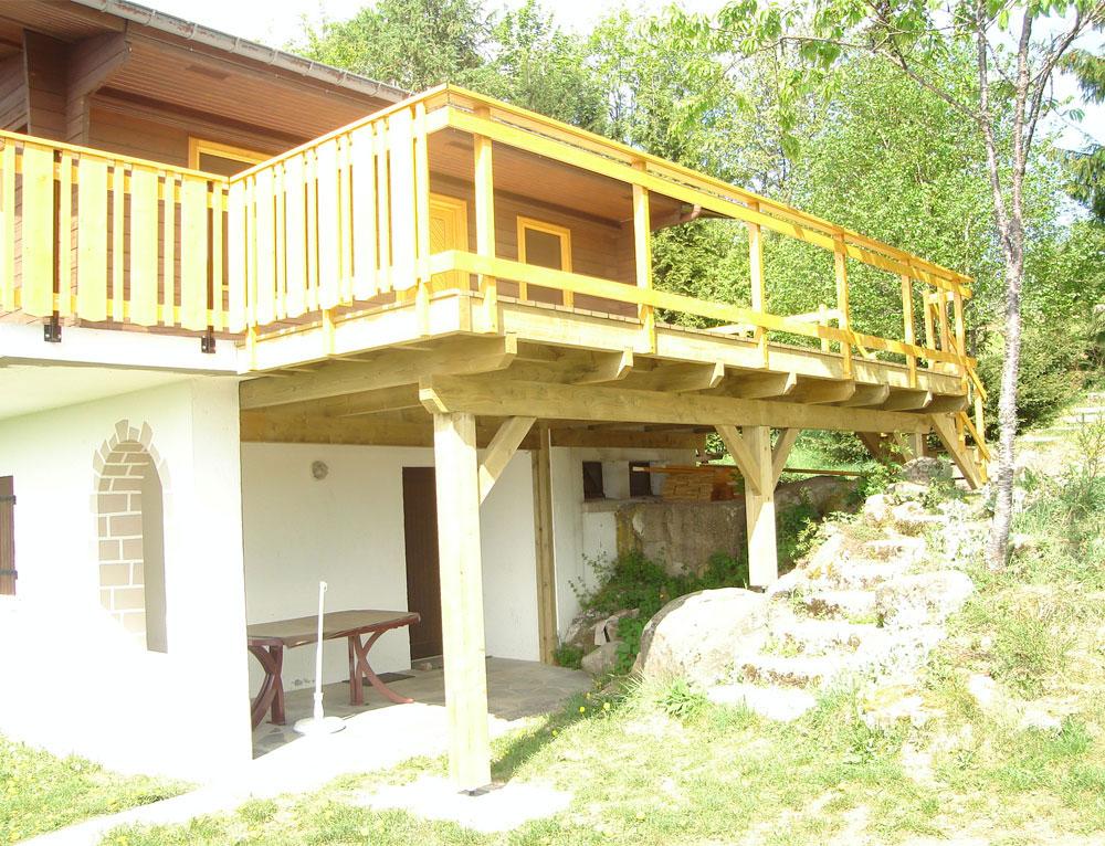 transformer un balcon en terrasse l 39 atelier des fleurs. Black Bedroom Furniture Sets. Home Design Ideas