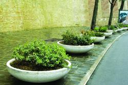 Jardinieres beton pour jardin l 39 atelier des fleurs for Jardiniere vasque jardin