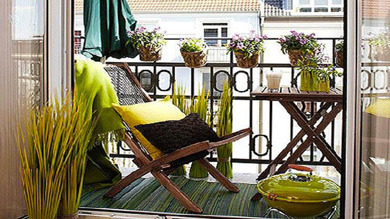 decoration balcon etroit l 39 atelier des fleurs. Black Bedroom Furniture Sets. Home Design Ideas