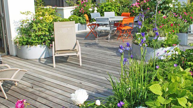 Modele de terrasse fleurie - l'atelier des fleurs