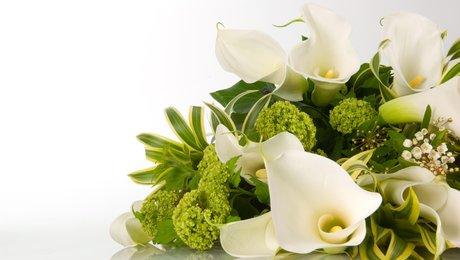 faire un bouquet de roses l 39 atelier des fleurs. Black Bedroom Furniture Sets. Home Design Ideas