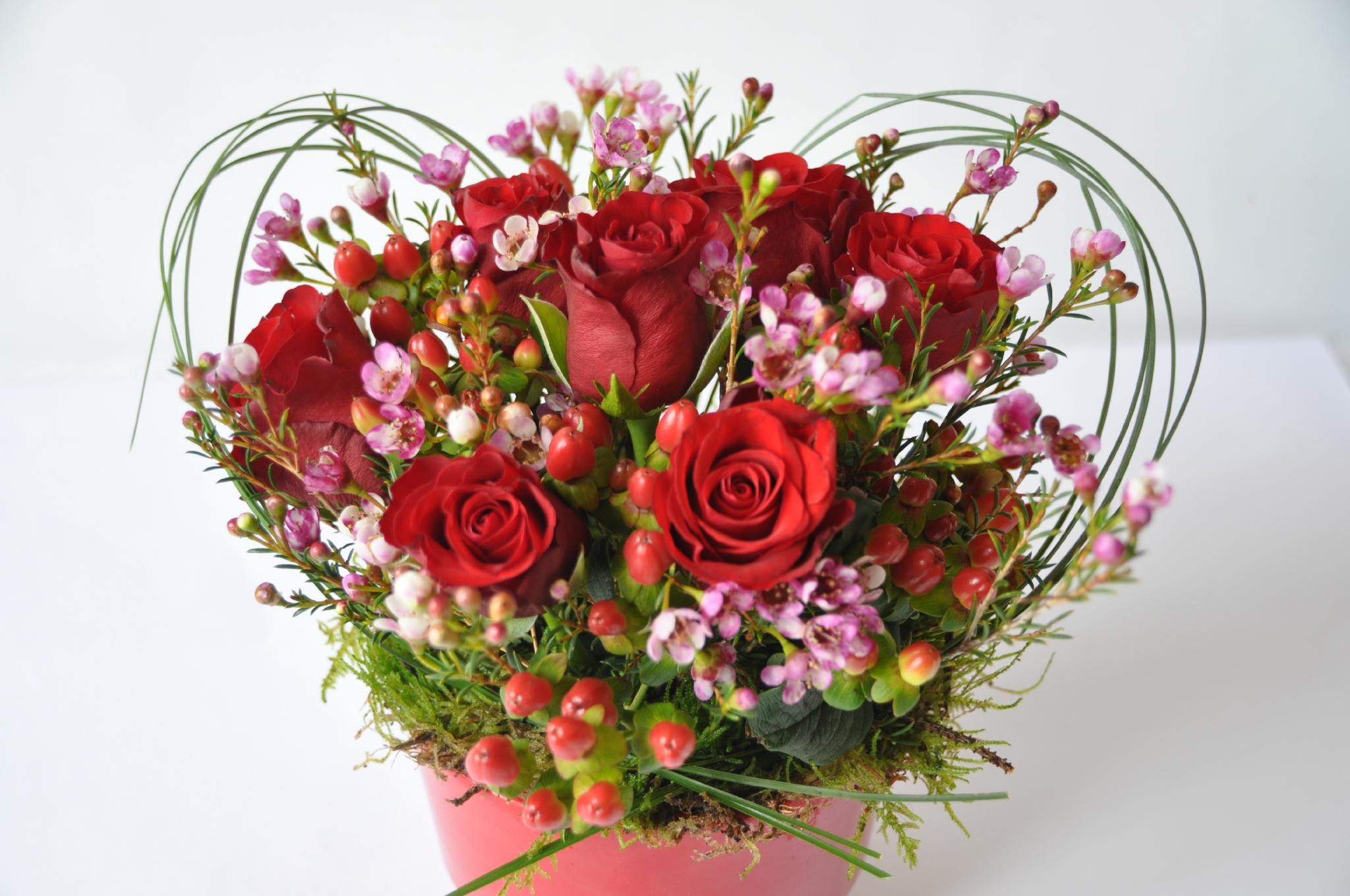 bouquet st valentin l 39 atelier des fleurs. Black Bedroom Furniture Sets. Home Design Ideas
