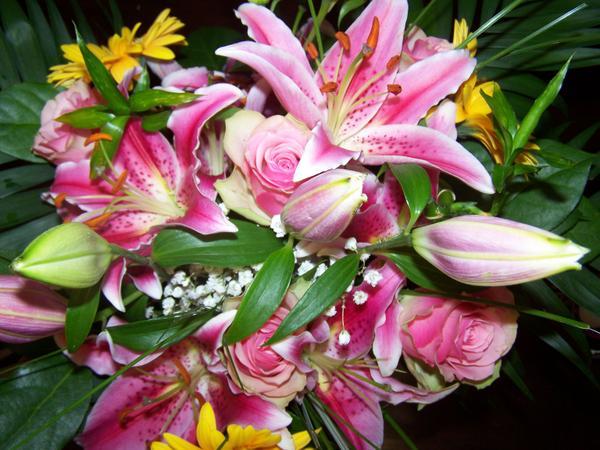 un joli bouquet de fleurs l 39 atelier des fleurs. Black Bedroom Furniture Sets. Home Design Ideas