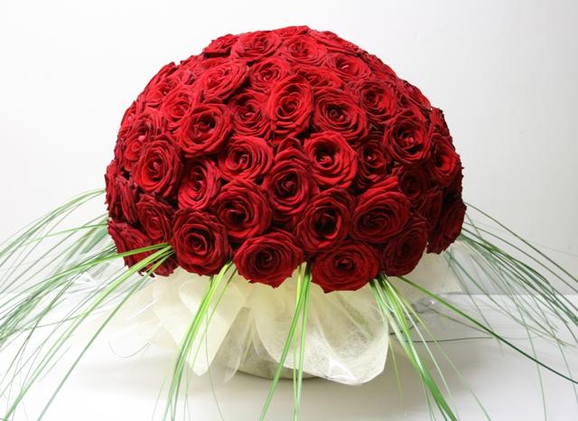 gros bouquet de rose rouge l 39 atelier des fleurs. Black Bedroom Furniture Sets. Home Design Ideas