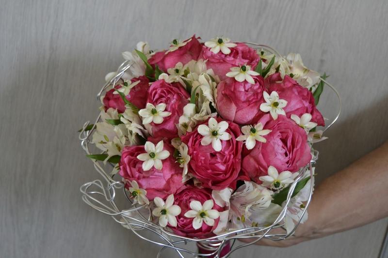 bouquet rose pas cher l 39 atelier des fleurs. Black Bedroom Furniture Sets. Home Design Ideas